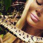 Human Barbie day, between sports and snakes