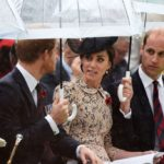 Kate Middleton, continue the flirtation with Harry. And a suspicious tummy appears