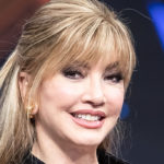 Dancing with the Stars 2020, Milly Carlucci gives an appointment to Live Life