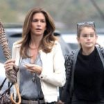 Cindy Crawford and daughter: two drops of water. Who better? Photo-comparison