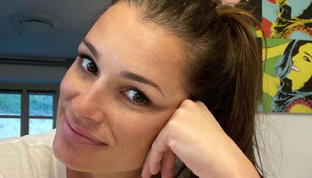 Alena Seredova tells about her pregnancy and love for children