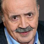 Maurizio Costanzo returns to Rai: the family album show arrives
