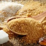 Brown sugar and white sugar: the differences and which one to choose