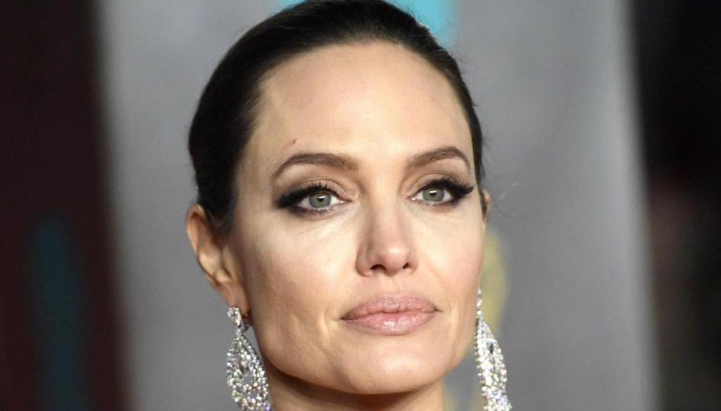 """Angelina Jolie, the truth about the divorce from Brad Pitt: """"It was the right decision"""""""