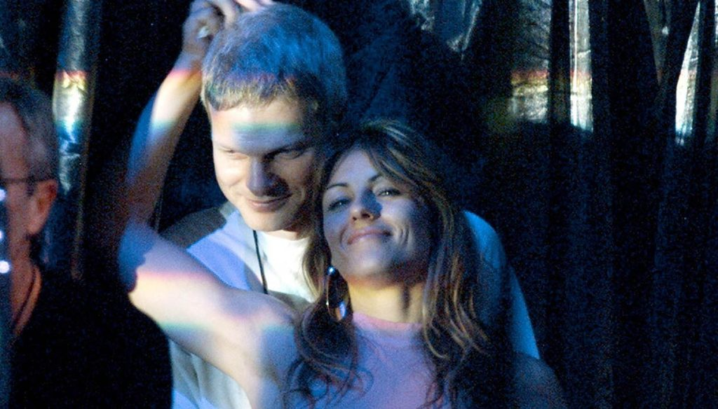 Steve Bing, ex of Liz Hurley and father of his son Damian, dies suicide