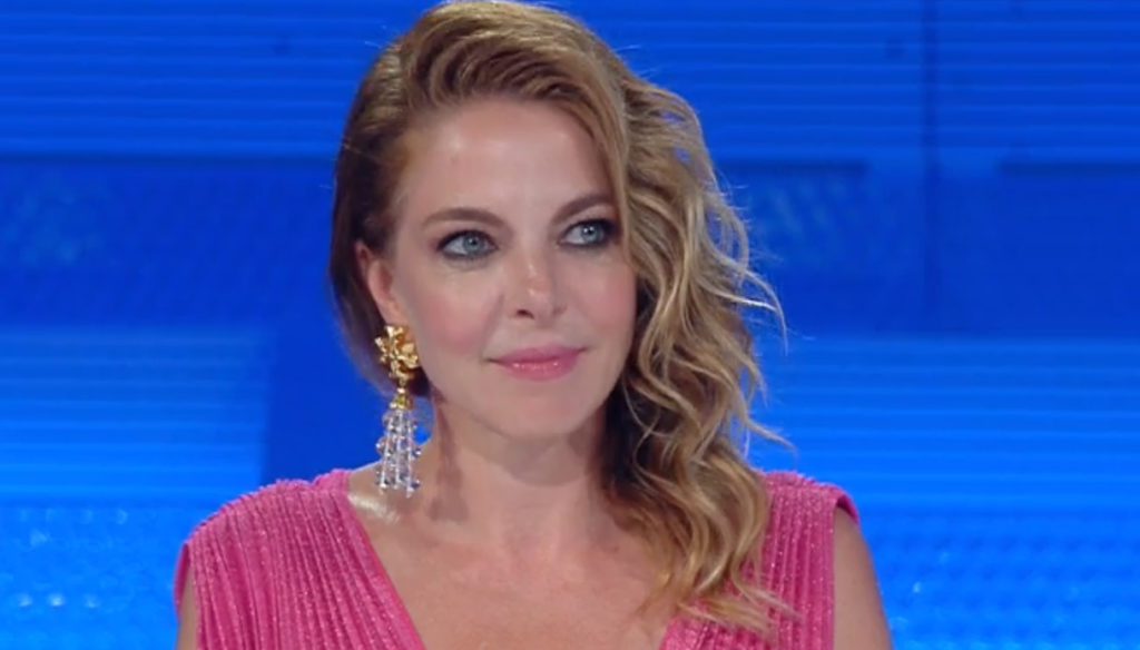 Top Dieci, Claudia Gerini enchants and Al Bano gets excited seeing Romina
