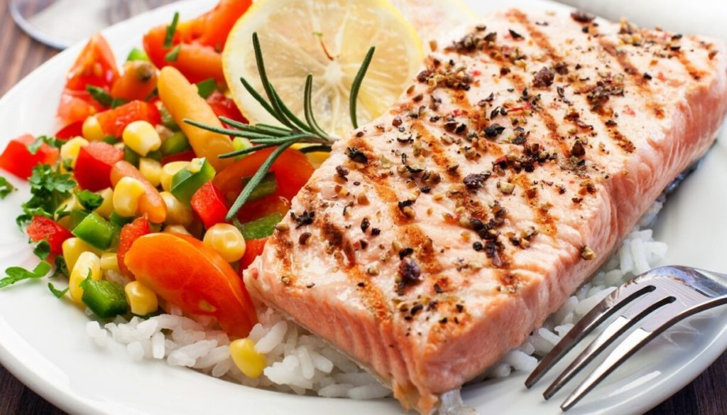 Diet with fish: lose weight and protect the heart