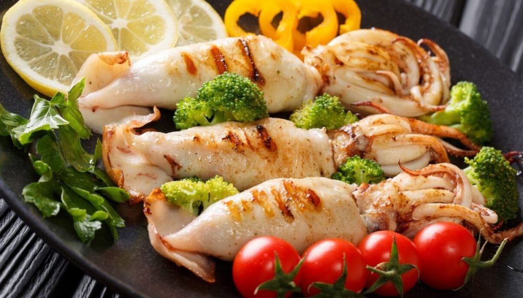 Diet with squid, low in saturated fat and rich in minerals