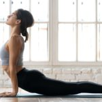 Hot yoga: 8 benefits for the body