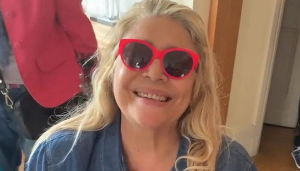 Mara Venier, nuovo record a Domenica In. E conquista Instagram col video in sedia a rotelle