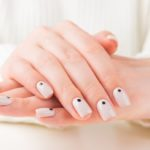 Pointed nails: how to make a minimal but very fashionable manicure