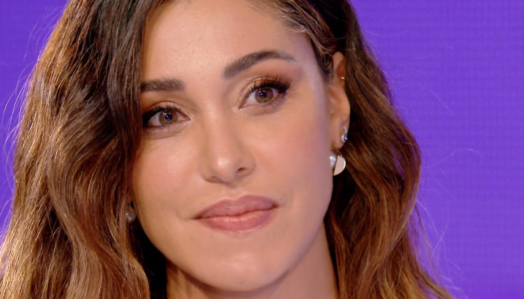 Stefano De Martino challenges Belen Rodriguez on TV after the crisis