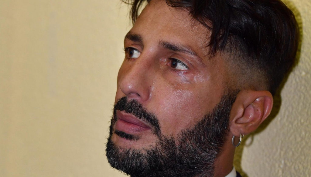 Fabrizio Corona breaks the silence and confesses to Nina Moric and her son Carlos