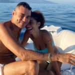 Elodie smiles with Marracash: the selfie on Instagram with the natural look