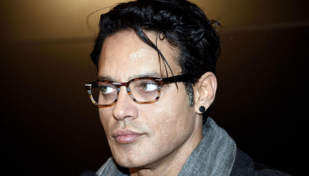 """Gabriel Garko gets angry: """"A person insults and threatens by pretending to be me"""""""