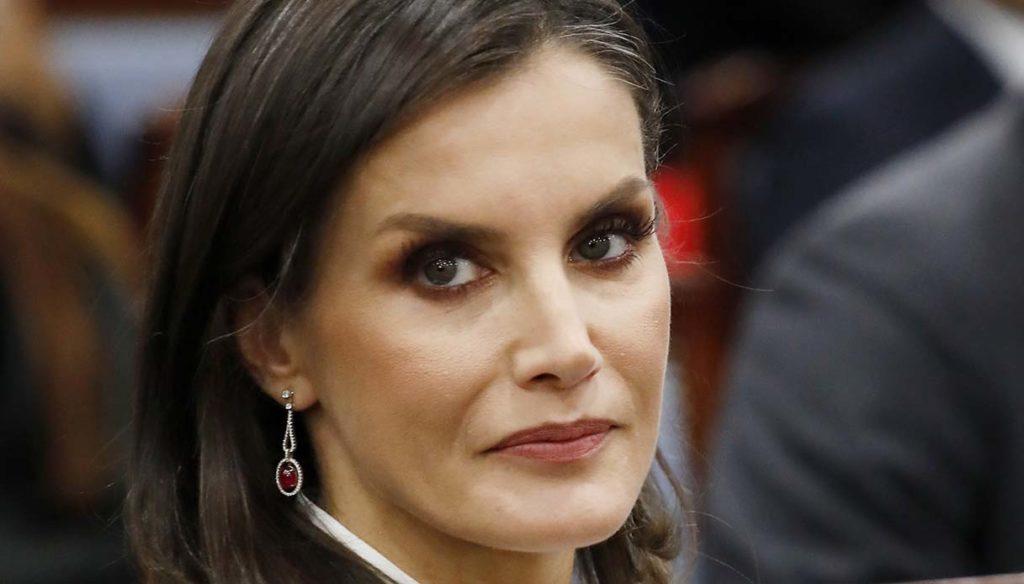 Letizia, Juan Carlos announces farewell to Spain in a letter to King Felipe