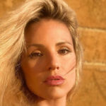Michelle Hunziker apologizes after the photo on the Scala dei Turchi and consoles herself with Serena Autieri