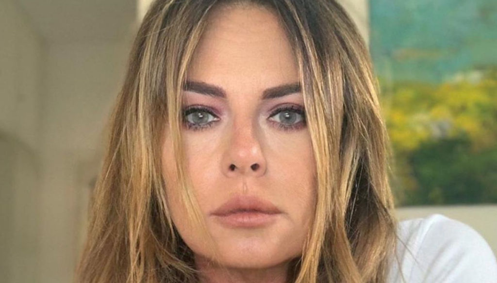 Paola Perego anxious about her DJ son at the disco with Covid positive: her words on Instagram