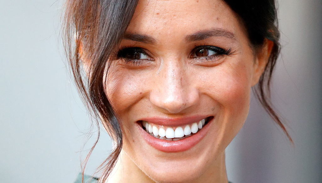 Meghan Markle pays homage to Lady Diana in jeans and is a success