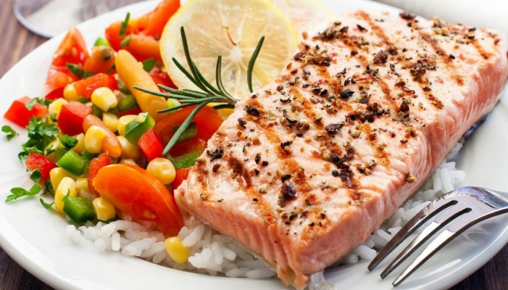 Diet to reduce fat and lower blood pressure