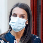Letizia of Spain shows off the low cost floral look and fascinates