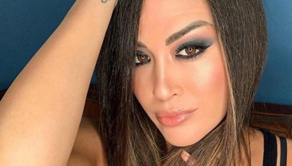 Giorgia Palmas: pregnancy makes her (even more) beautiful