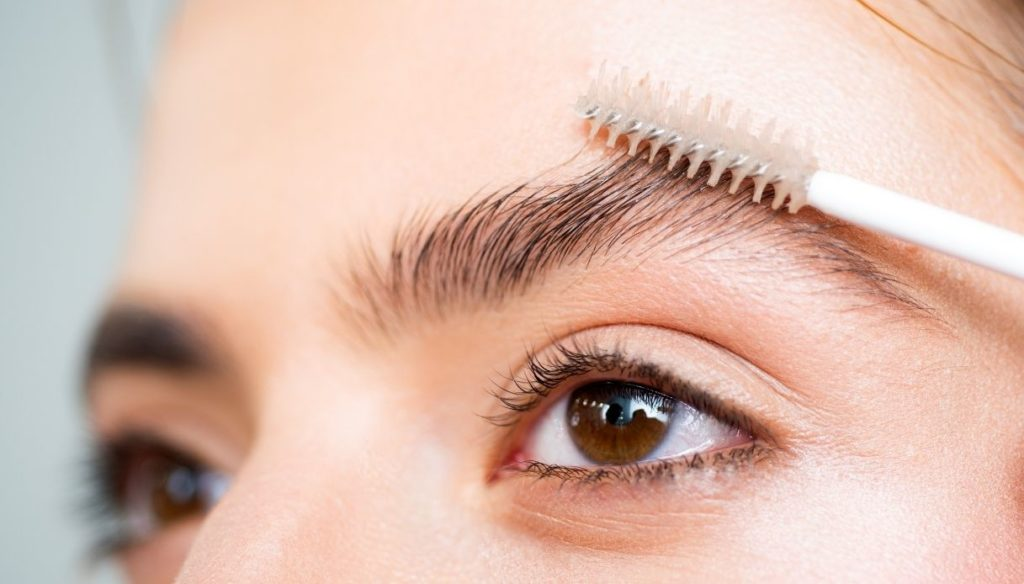 Eyebrow lamination how to: how to always have them in order for a lifted look