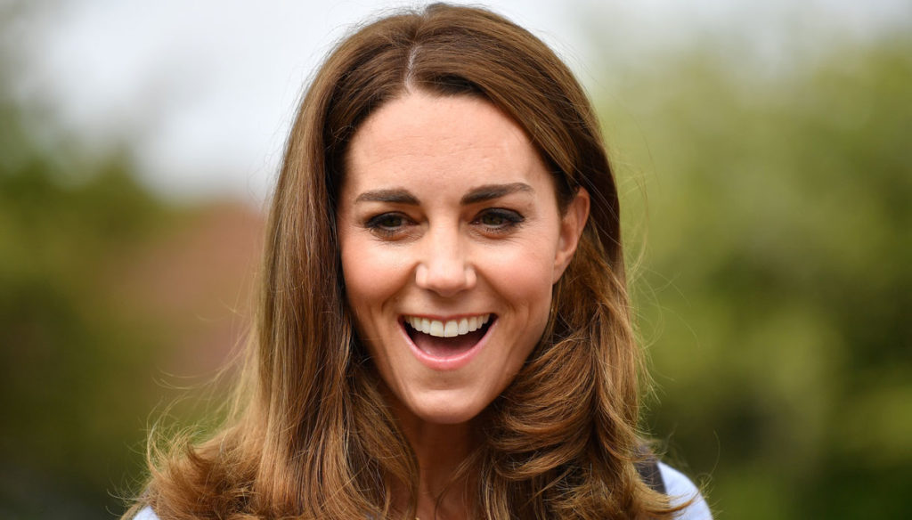 Kate Middleton is a charm. But it does not pass the test of the scouts
