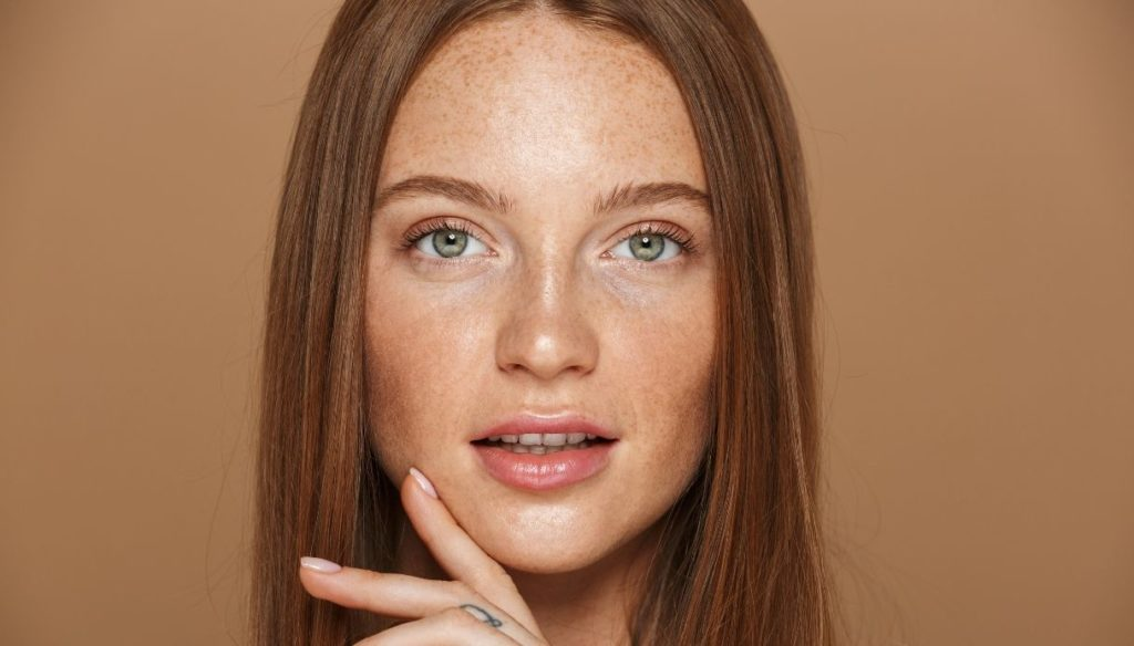 Natural makeup for every day? Try it with cream products