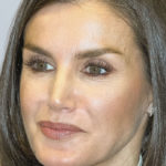 Letizia of Spain is not wrong and the black and white look is to be imitated