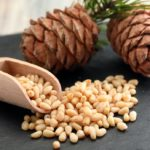 Pine nuts: reduce cholesterol and fill up on omega-6