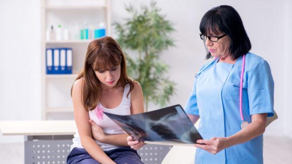 Tumore al seno, cure su misura per ogni donna