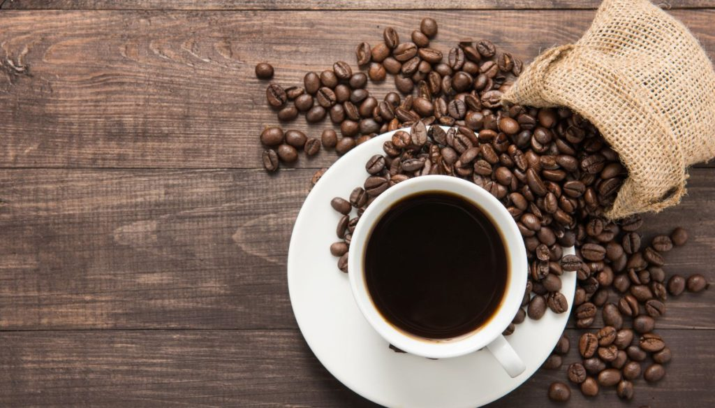 Decaffeinated coffee? What you need to know, between benefits and contraindications