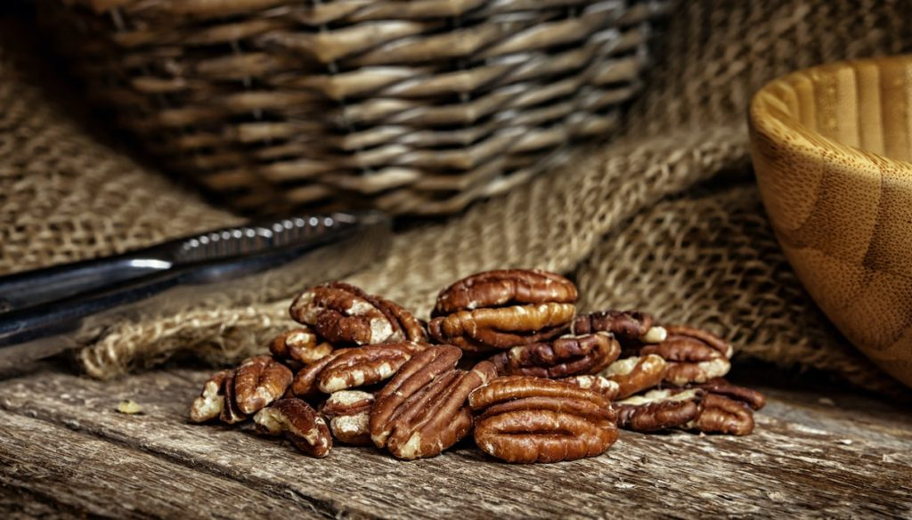 Pecans, protect the heart and stimulate the metabolism