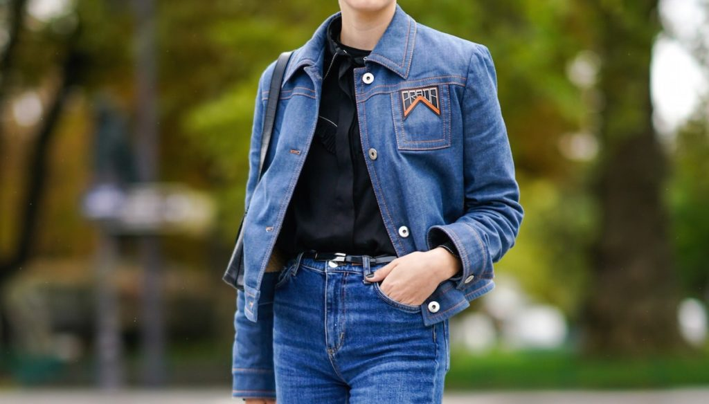 Denim reloaded: this is how jeans are worn this fall