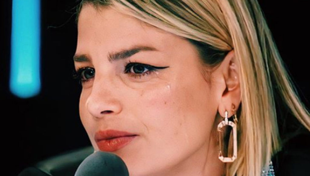 """X Factor, Emma in tears defends Casadilego: """"I'd like to lend you my eyes"""""""