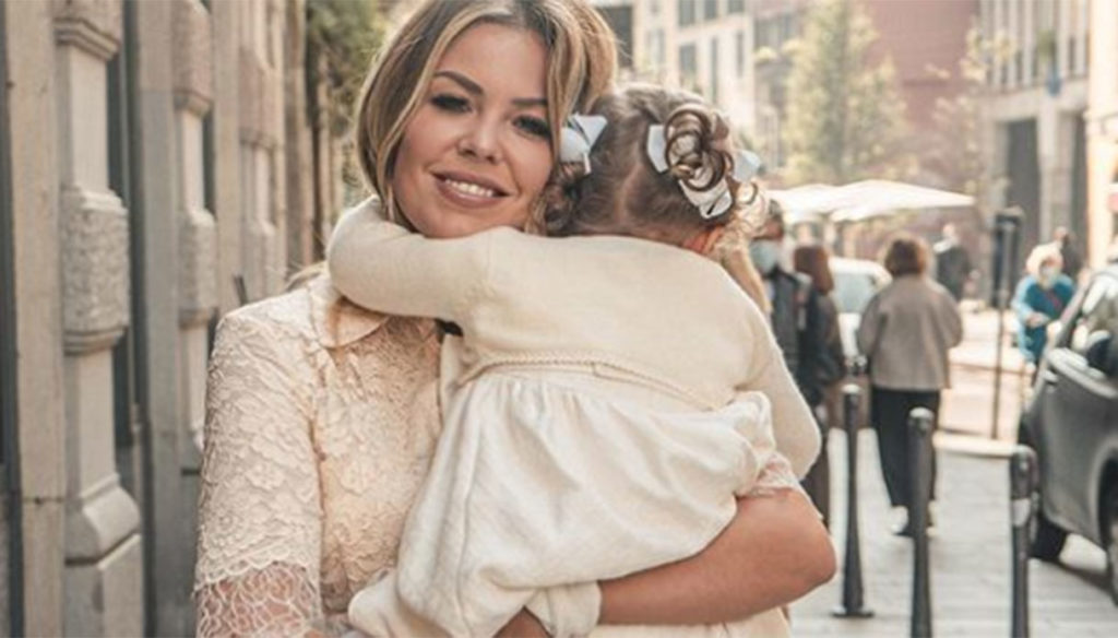 Stella Vieri is two years old, the sweet dedication of mother Costanza