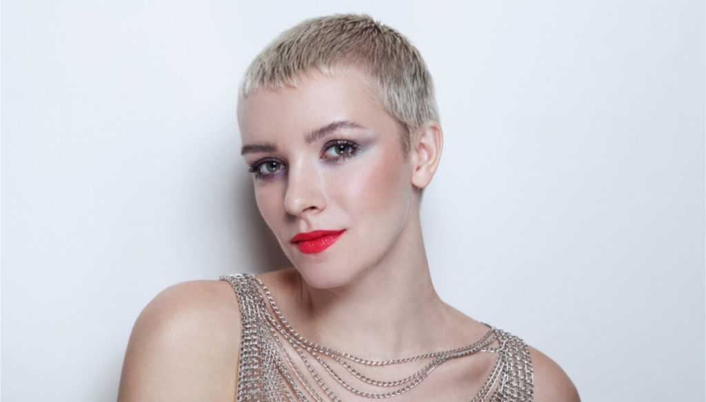 What is the Pixie cut and who does it give more to