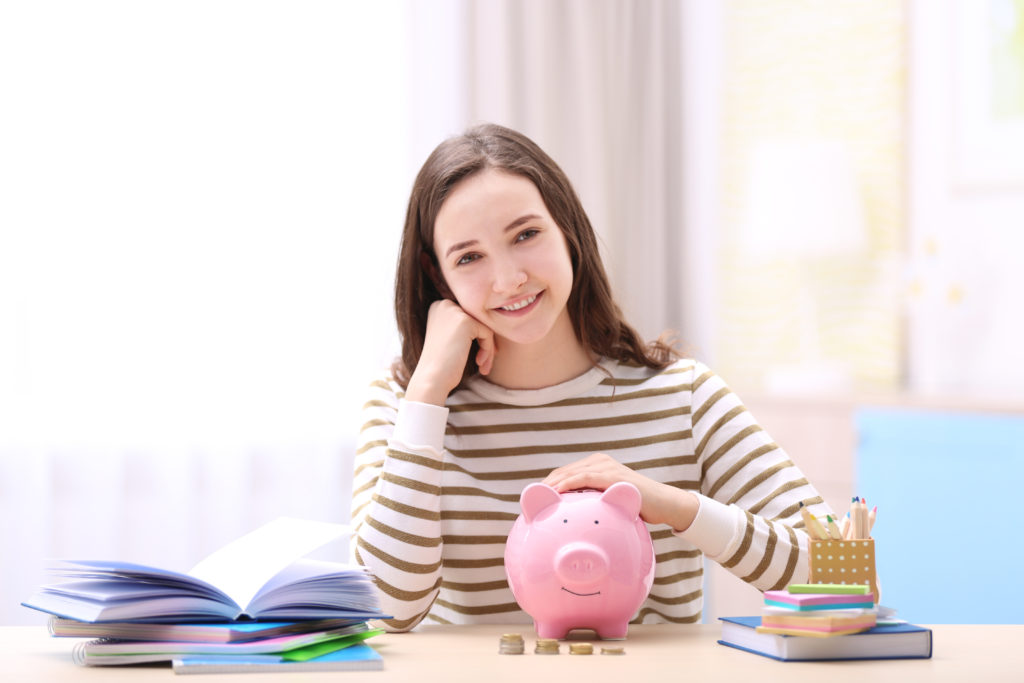 5 tips to educate your children about finance