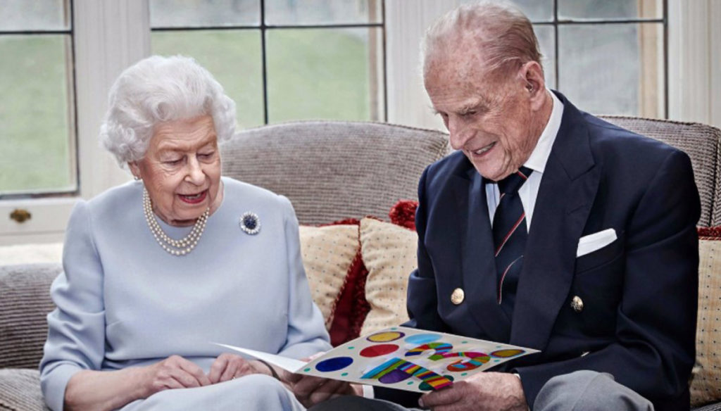 Elizabeth and Philip, 73 years of marriage: the best gift from Kate Middleton and children