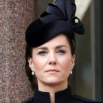 Kate Middleton gorgeous on Remembrance Day. And the coat is to be imitated