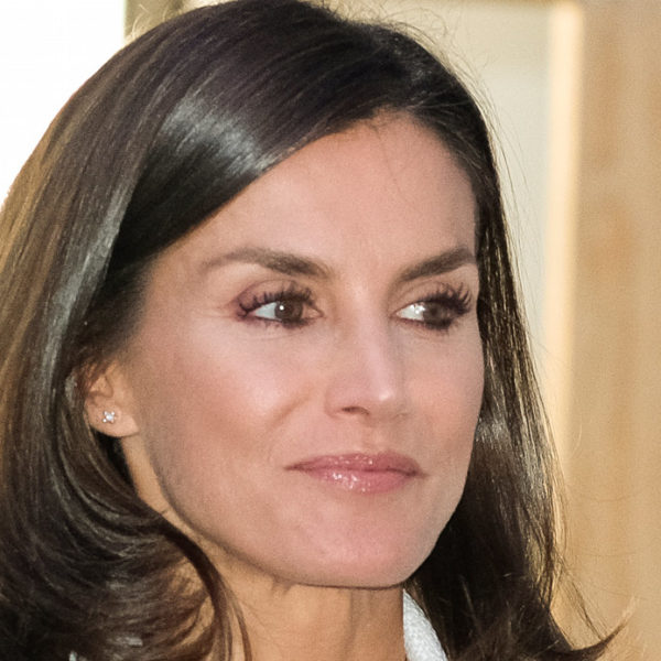 Letizia of Spain replaces Felipe in quarantine and rules the Monarchy