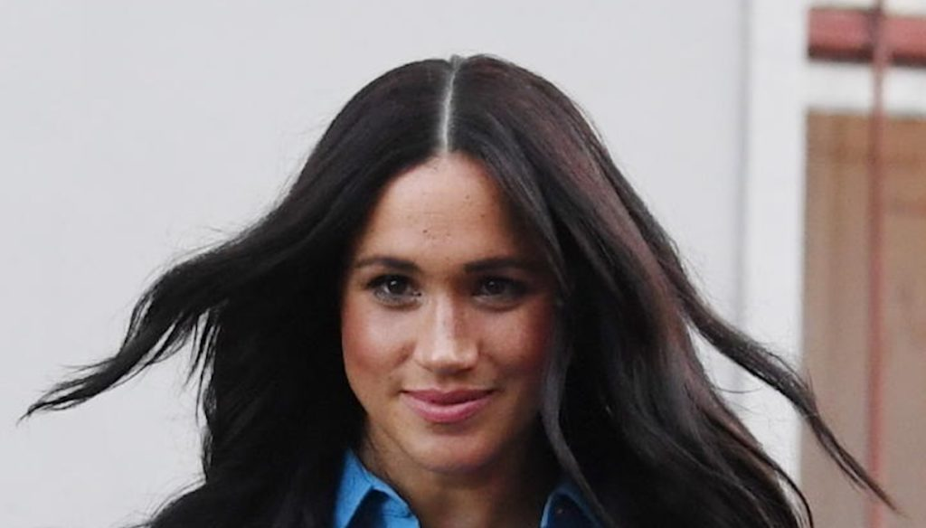 Meghan Markle excluded from Christmas with the Queen, Kate could have the upper hand