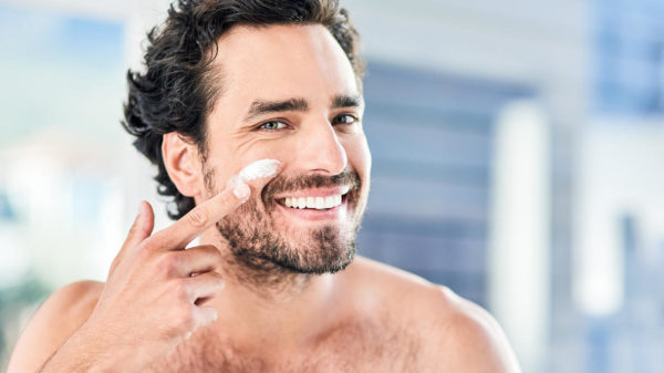 Men's skincare: guide to must-have products and a complete routine to convince him (or convince you) to take care of his skin