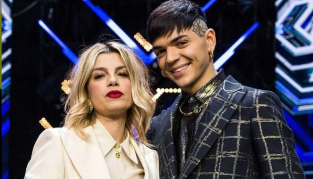 X Factor, the final: Emma is a bomb with her androgynous look
