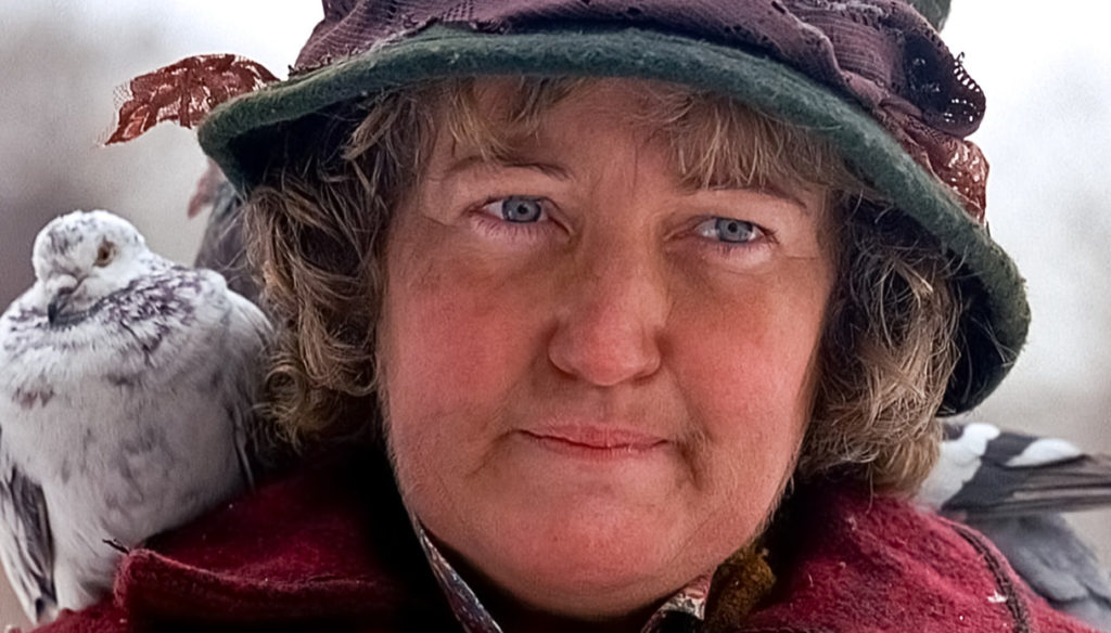 """Brenda Fricker, mama's lady of the pigeons, I flew the plane: """"I'm alone"""""""