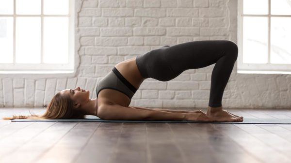 Circuit to train legs and buttocks with free body