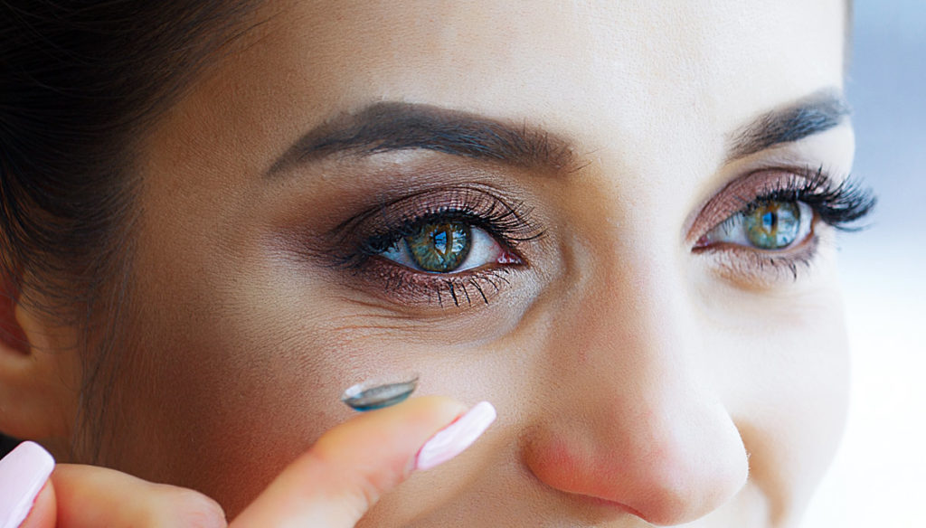 Contact lenses, how to use them safely