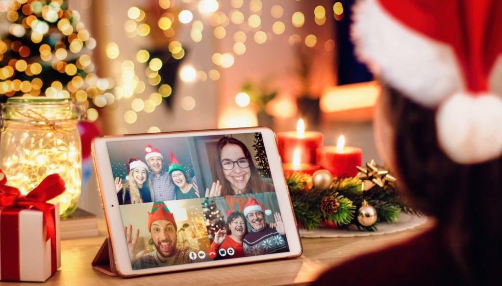 Distanti ma vicini: Buon Natale da tutto il mondo