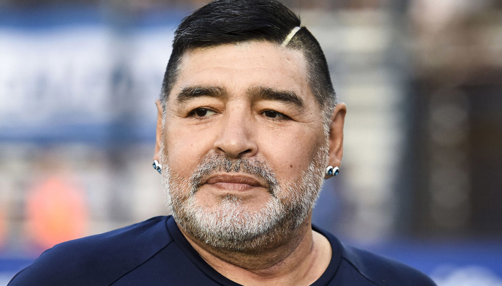Maradona, the bizarre and disputed inheritance, between houses, schools, rings and a tank